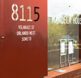 Discover Mandela history daytour