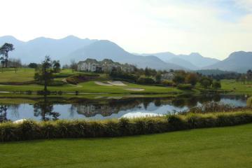 golf tour luxury experience
